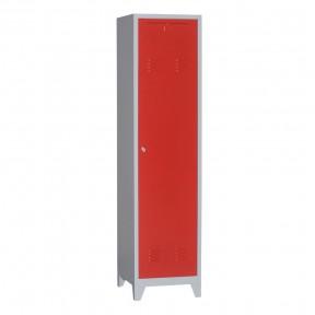 Vestiaire metallique de pompier structure grise porte fermee rouge.